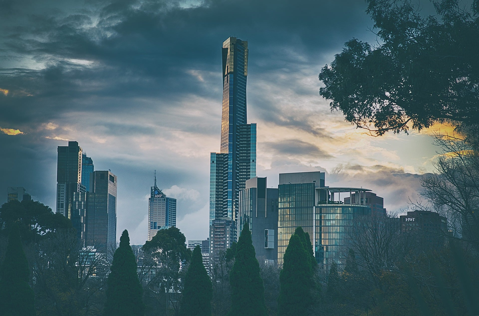 Melbourne CBD real estate, is it worth investing in to?